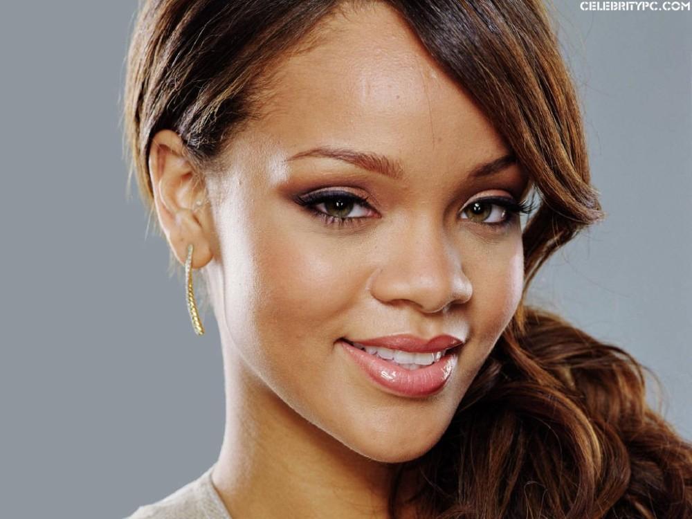 Rihanna, Singer