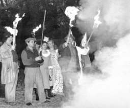 rosewood black people and john wright essay This incident in rosewood, florida in 1923 and many incidents of kkk killings throughout america before and since rosewood is the reason black people rejoiced for the not guilty verdict of oj simpson in 1994.